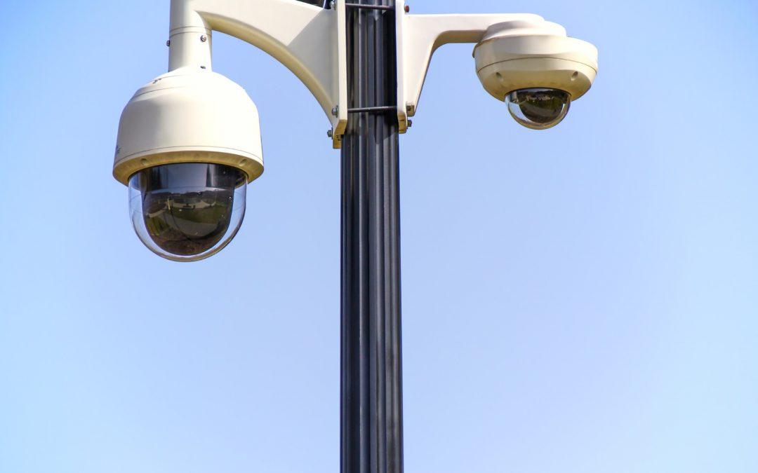Jak wybrać odpowiedni system monitoringu dla bezpieczeństwa swojego domu?